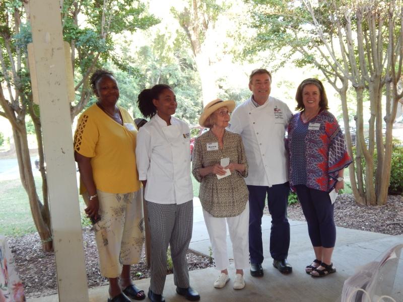 ABWA Awards Scholarship to Culinary Arts Student
